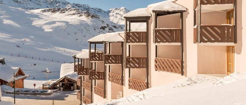 france_three-valleys-ski-area_val-thorens_le-tikal-apartments_exterior.jpg